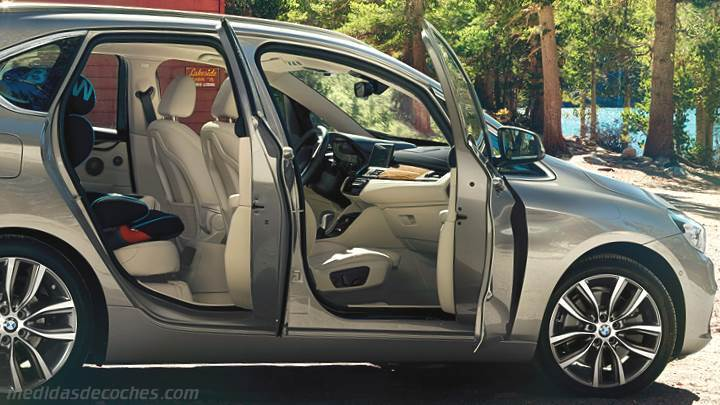 Interior BMW Serie 2 Active Tourer 2014