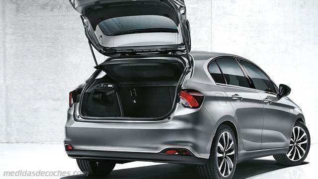 Medidas fiat tipo 5 puertas 2016 maletero e interior for Interior fiat tipo
