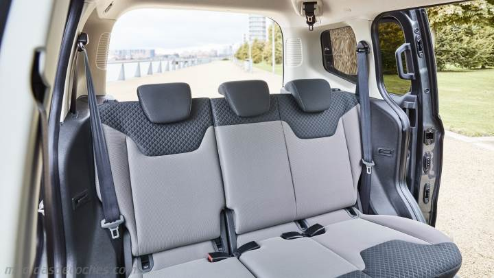 Interior Ford Tourneo Courier 2018
