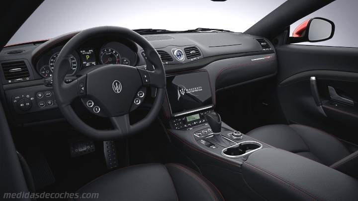 Medidas Maserati GranTurismo 2018, maletero e interior