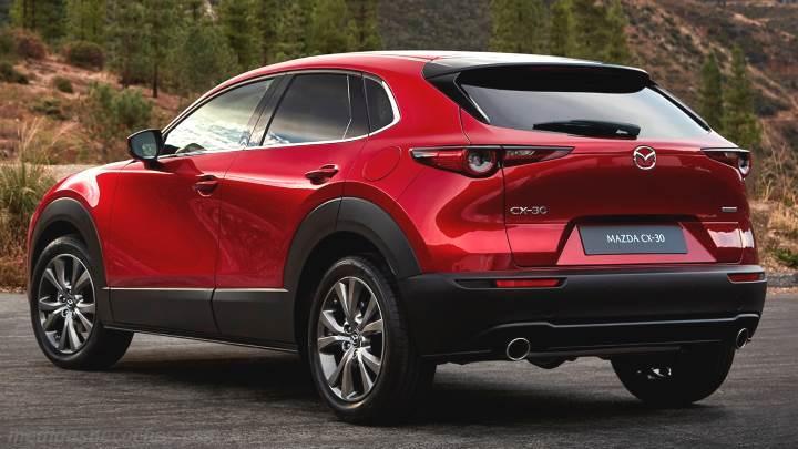 Medidas Mazda CX-30 2020, maletero e interior