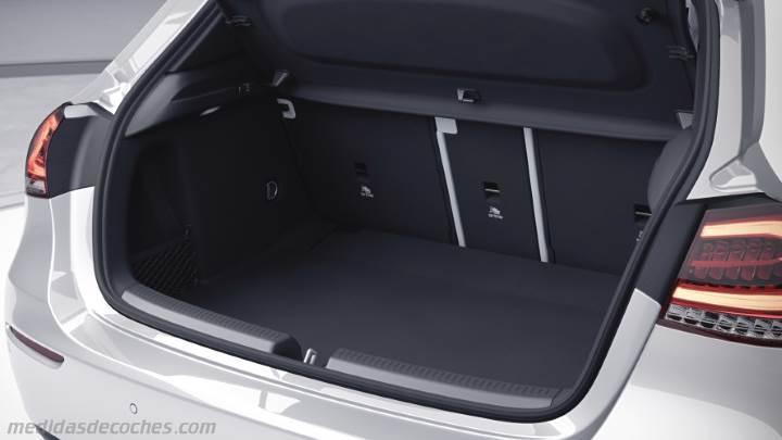 Medidas Mercedes-Benz Clase A 2018, maletero e interior