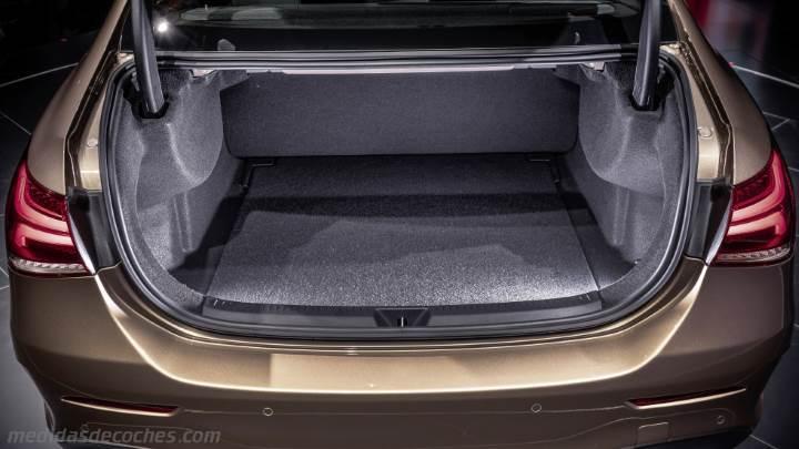 Medidas Mercedes Benz Clase A Sedán Y Maletero Híbrido Y Térmico