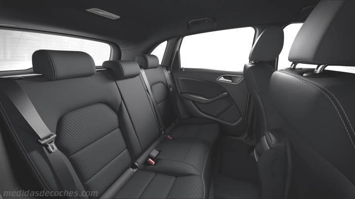 Medidas mercedes benz clase b sports tourer 2015 maletero for Interior mercedes clase a