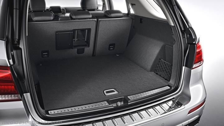 Medidas Mercedes-Benz GLE SUV 2015, maletero e interior