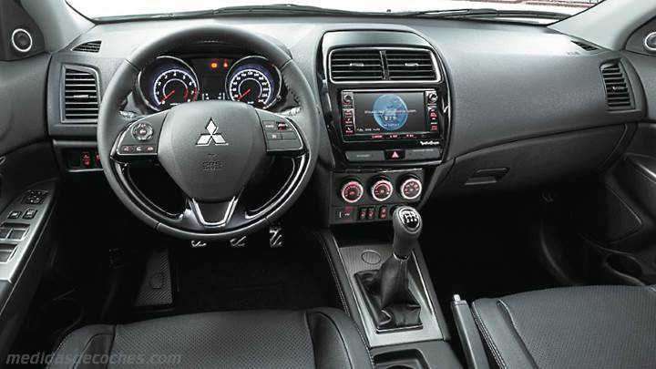 Medidas Mitsubishi ASX 2018, maletero e interior