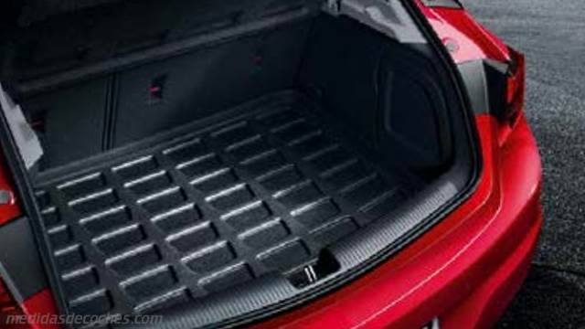 Medidas Opel Astra 2016, maletero e interior