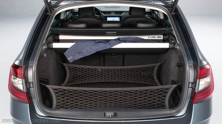 medidas skoda octavia combi 2017 maletero e interior. Black Bedroom Furniture Sets. Home Design Ideas