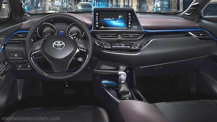 Medidas Toyota C-HR 2017, maletero e interior