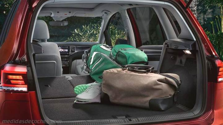 Medidas Volkswagen Golf Sportsvan 2018, maletero e interior