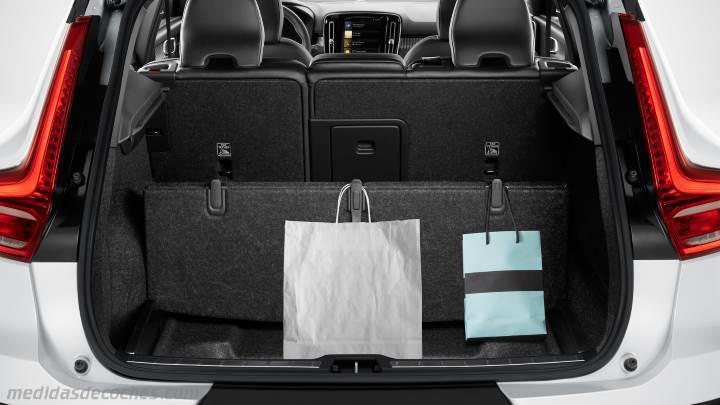 medidas volvo xc40 2018 maletero e interior. Black Bedroom Furniture Sets. Home Design Ideas
